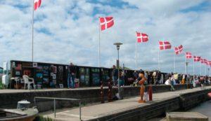 Sommer i Hornbæk, I Hornbæk finder du altid en god historie.