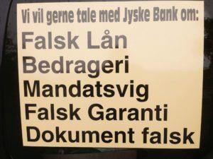 Det er hvad kunde ønsker dialog om Men KONCEREN LEDELSEN I jyske Bank vil kun bedrage og ikke indrømme Da det ligger langt fra jyske Banks fundament at indrømme og undskylde noget