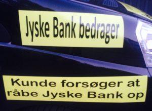 Jyske bank bedrager kunder /. Den jyske leder Anders-Dam bestemmer med ledelsen, at svindel banken jyske bank siden maj 2016 skulle fortsætte med at bedrage bankens kunder og nægte dialog En #Jysk #gangster bank tvinger kunde til at betale #renter af et #lån der ikke findes Selv om jyske bank har løjet for kunden om at lånet var optaget og løjet at det var omlagt Mener kunde at været udsat for groft SVIG i jyske bank Kunden retter derfor mange henvendelser I perioden april 2016 til Jyske Banks advokater, bestyrelse, DIRIKTION samt Skriver DIRÆKTE til Anders Christian Dam ANDERS DAM NÆGTER SELV AT SVARE PÅ OPLYSNINGER OM SVINDEL Derfor fortsætter kunder stadig disse henvendelser, og nu offenlige opråb, for at jyske bank skal stoppe svindlen / bedrageriet CEO ANDERS DAM svare første gang 20-09-2018 at han ikke vil svare, de mange henvendelser, der er sendt til DIRIKTIONEN - Kunde ønsker bare at få banken til at stoppe bedrageri, og indrømme at jyske bank siden 30-12-2008 har udsat kunde for bedrageri frem til nu oktober 2018 :-( Eller at bevise jyske bank ikke er en bedragerisk svindel bank som kunden i retten vil forklare Samtidens med henvisning til de mange beviser imod jyske bank for bedrageri i sagsmaterialet :-) Kunderne siger om jyske bank koncernen Og oplyser hvad CEO Anders Dam selv har lovet, som her april 2016. Anders Dam lover pressen 5. April 2016 i forbindelse med Jyske Banks anbefaling og hjælp til skattesnyd, At jyske bank fremover ville drive en hæderlig BANKVIRKSOMHED Tænker at Anders henviser til Jyske Banks fundament og vedtægter, hvori der står banken skal handle redelig og overholde loven. Sjovt nok siger DIRIKTION DIRIKTION et imens jyske bank fortsætter bedrageri :-( Hvem støtter og dækker over Jyske Banks bedrageri imod erhvervs kunde Kunden som i årevis har forsøgt at få udlevert alle bilag jyske bank måtte have. :-( :-( Der er ikke tivl om at jyske bank LYVER, og det er helt bevidst. Se hvad vi har af forhold imod for svindel på dette link, 